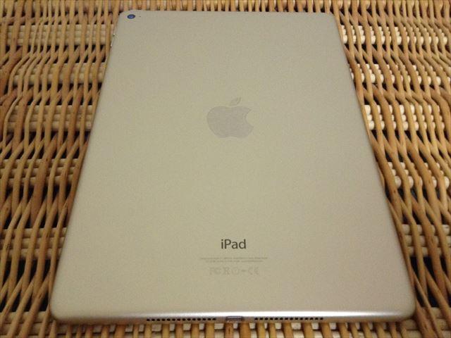 iPad Air 2[整備済製品]開封・背面