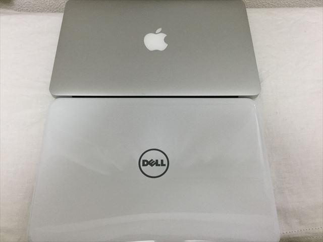 DELL「Inspiron 11 3162」とMac Book Air 11inchiを並べてサイズを比較