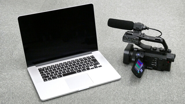 4KビデオカメラMacBook Pro
